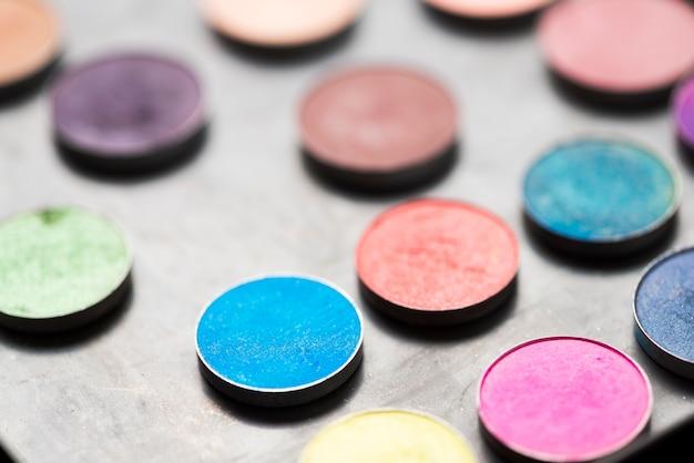 Ombretti colorati di primo piano