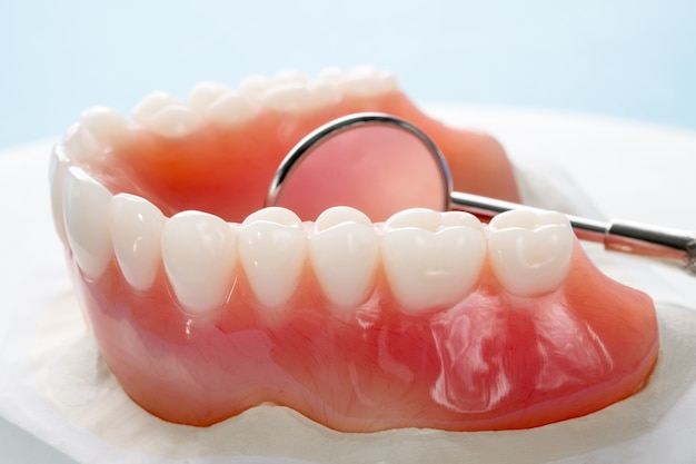 Close up , complete denture or full denture