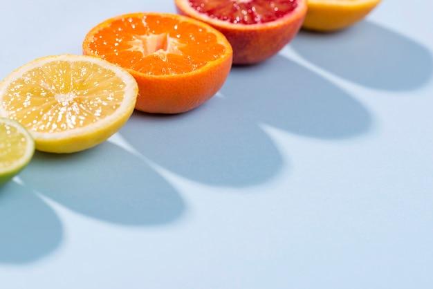 Макро вкусные фрукты с копией пространства