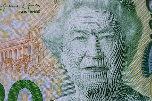 ニュージーランドドル紙幣のエリザベス2世女王の詳細な肖像画をクローズアップ