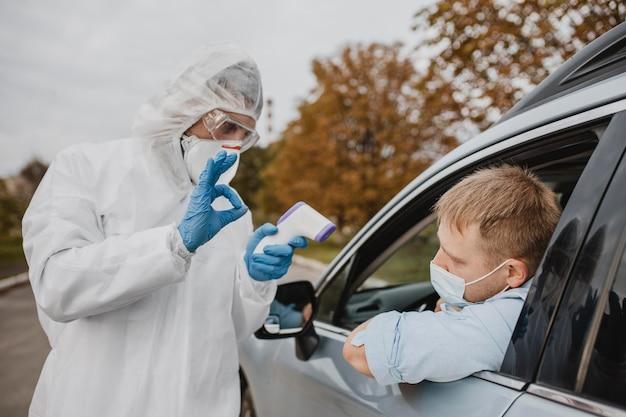 Primo piano nel test del coronavirus