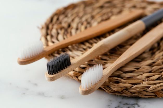 生態学的な歯ブラシをクローズアップ