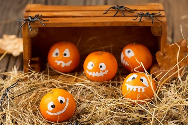 Zucche diaboliche di halloween del primo piano