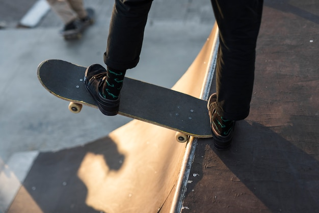 Close-up of feet practising with the skateboard