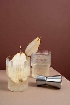 Close up su cibi cocktail in bicchiere alto