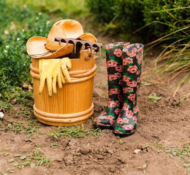 Крупные садовые принадлежности