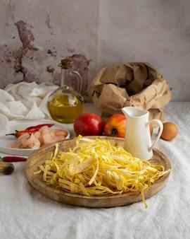 Primo piano sugli ingredienti del pasto ad alto contenuto proteico