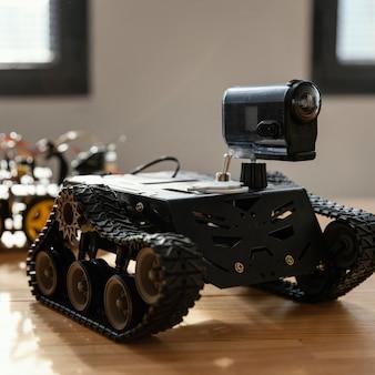 自家製ロボットをクローズアップ