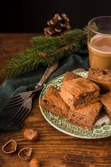 Chiuda in su dei brownies fatti in casa