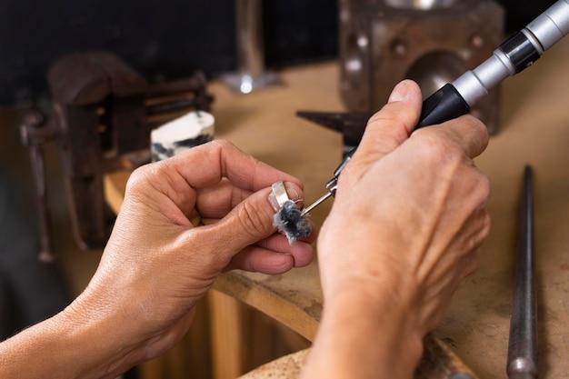 Close-up making ring process