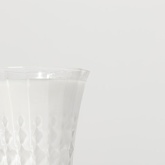 Primo piano del vetro di latte con lo spazio della copia