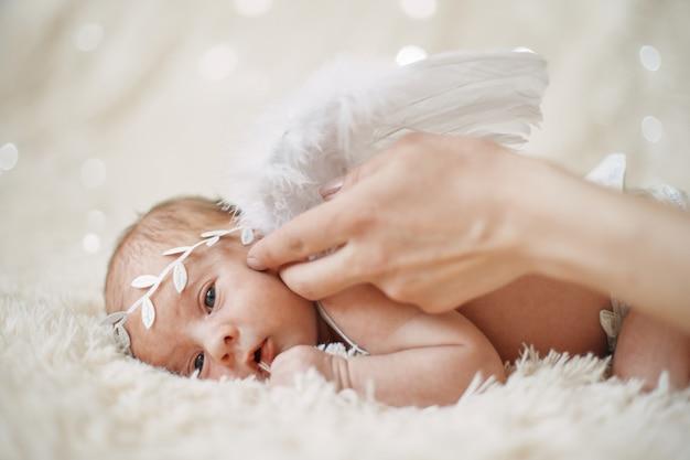 Заделывают новорожденного ангела засыпания