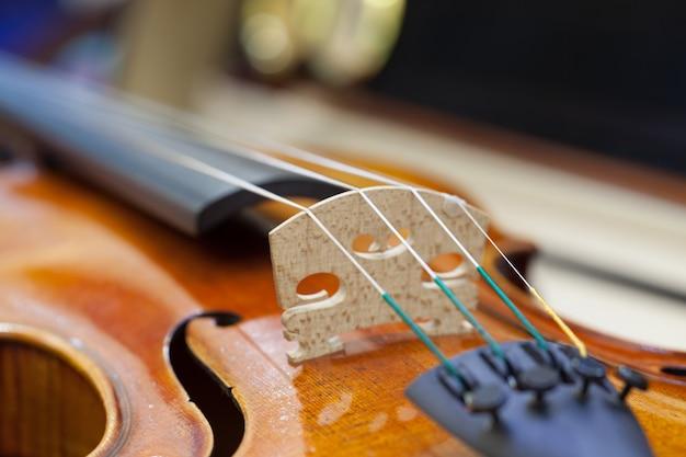 Крупный план скрипки