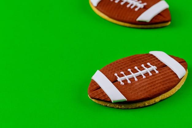 アメリカンフットボールのボールのクローズアップ