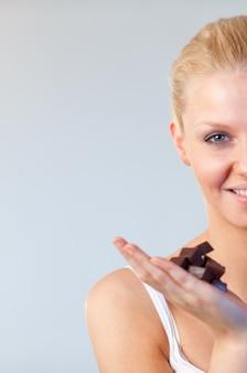 女性、チョコレート、フォーカス、魅力的、女性、クローズアップ