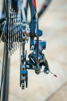 閉じる自転車ギアのアップ 無料写真