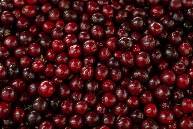 Крупным планом бордовый вишни