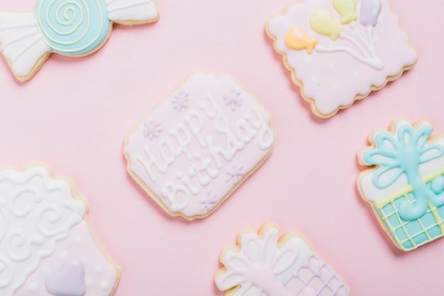 美味しい新鮮なクッキーのクローズアップ