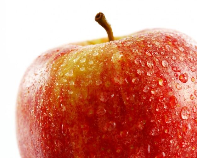 Свежее яблоко крупным планом