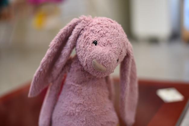 모양 토끼에 수제 인형의 클로즈업