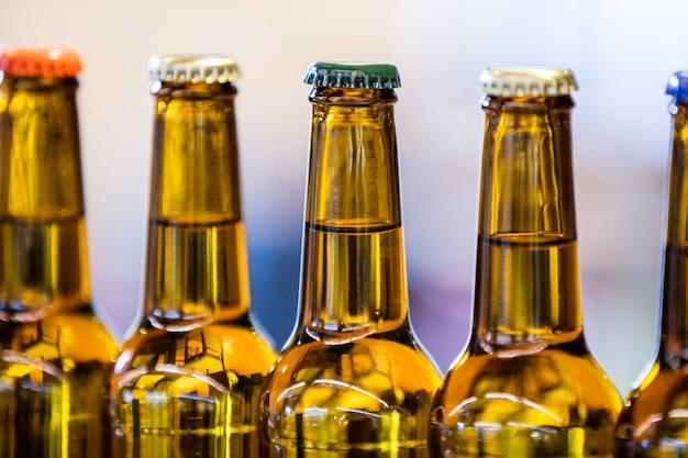 봉인 된 맥주 병의 클로즈업