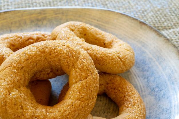 甘いクリームクッキーのクローズアップ