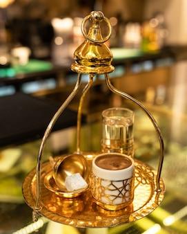 Крупный план турецкого кофе Premium Фотографии