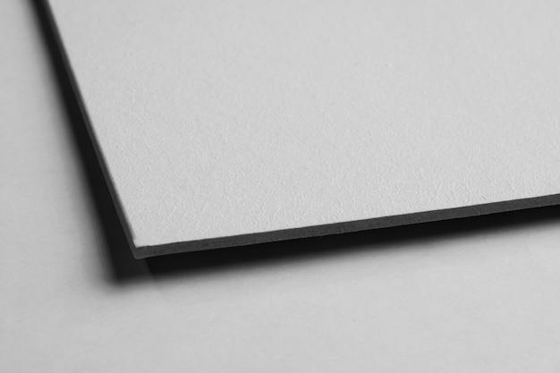 装飾されていない紙素材のクローズアップ