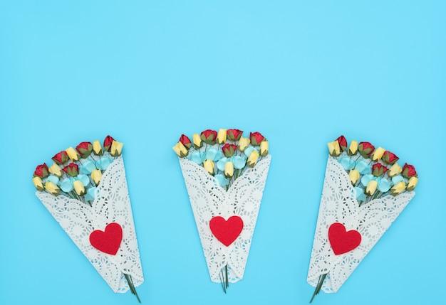 Крупным планом на букет красивых цветов изолированные