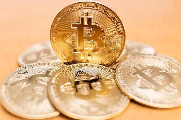 ビットコインコイン、非常に短い被写界深度でクローズアップ