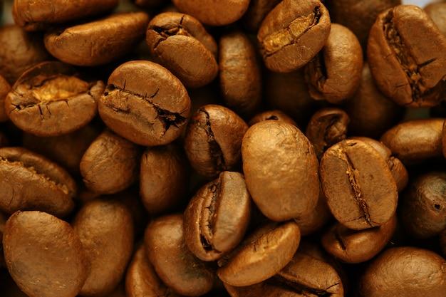 コーヒー豆のテクスチャにクローズアップ