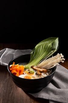 おいしいアジア料理のクローズアップ