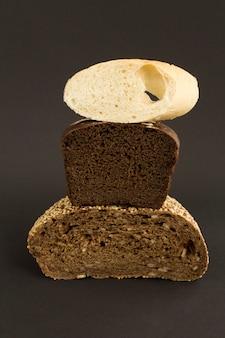 Крупный план на разные виды хлеба