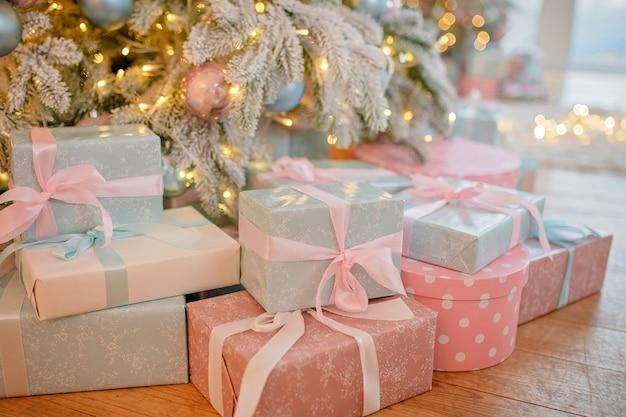 Рождественские подарки крупным планом