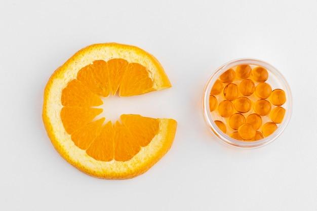 オレンジで補完する食品のクローズアップ