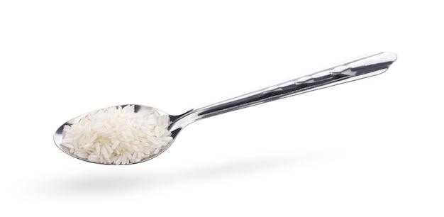고립 된 숟가락에 쌀에 가까이