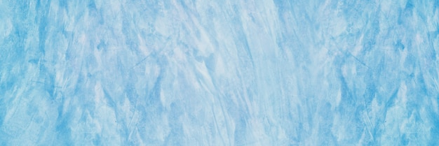 Крупным планом на фоне мягкой голубой бетонной текстуры