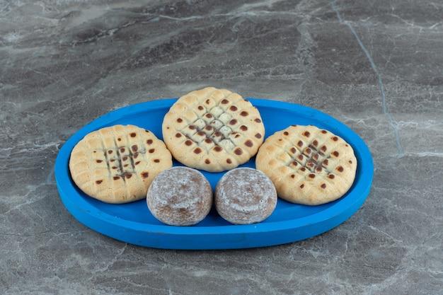 自家製クッキーの写真をクローズアップ。美味しいおやつ。 。