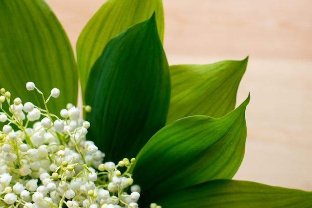 スズランの花束のクローズアップ写真