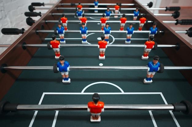 Фотография кикера крупным планом; футбол
