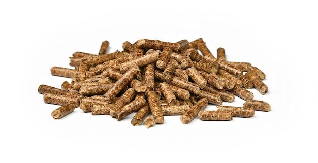 Закройте кучу пеллет из твердой древесины для курения и приготовления натуральных продуктов