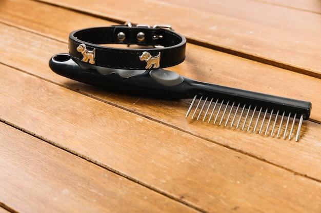 Close-up rake near collar