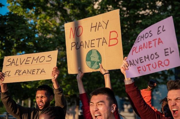 Primo piano salva la protesta del mondo