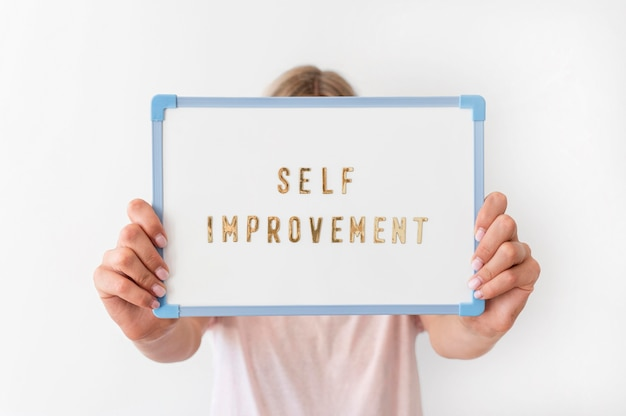 Messaggio di miglioramento di sé del primo piano
