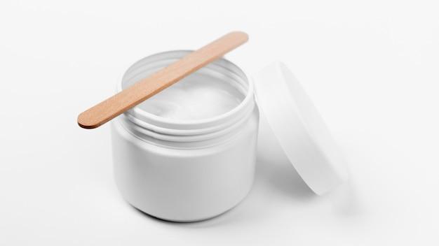 Vista ravvicinata del prodotto crema cosmetico