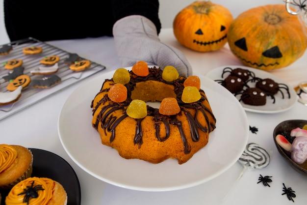 Vista ravvicinata della deliziosa torta di halloween