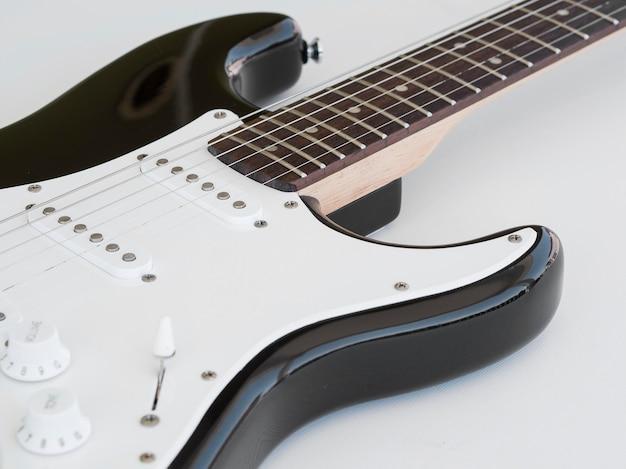 Крупным планом вид красивой гитары