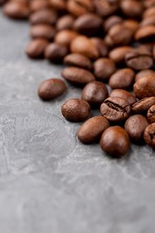 Крупным планом вид кофейных зерен