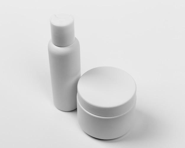化粧用クリーム製品の拡大図