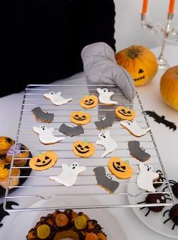 Крупным планом вкусное печенье на хэллоуин